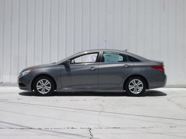2014 Hyundai Sonata for sale at Rooster Bush Automotive in Lenoir NC