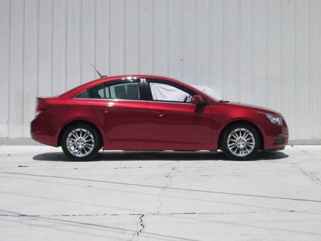 2013 Chevrolet Cruze for sale at Rooster Bush Automotive in Lenoir NC