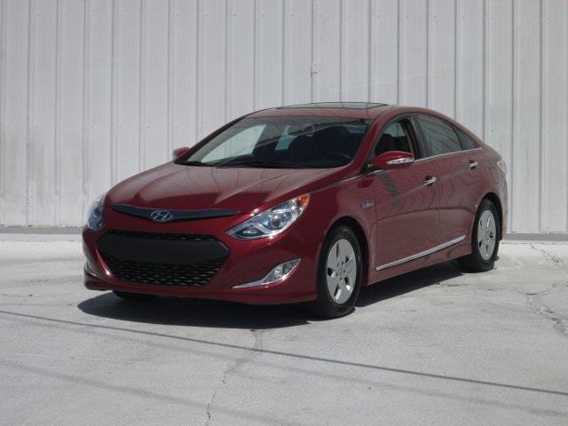 2012 Hyundai Sonata Hybrid for sale at Rooster Bush Automotive in Lenoir NC