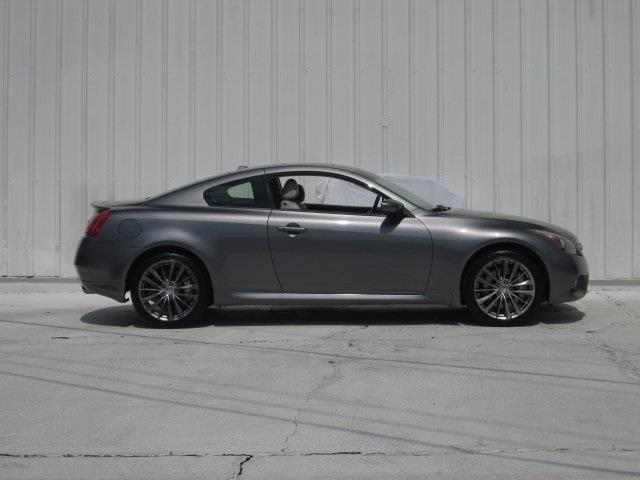 2013 Infiniti G37 Coupe for sale at Rooster Bush Automotive in Lenoir NC