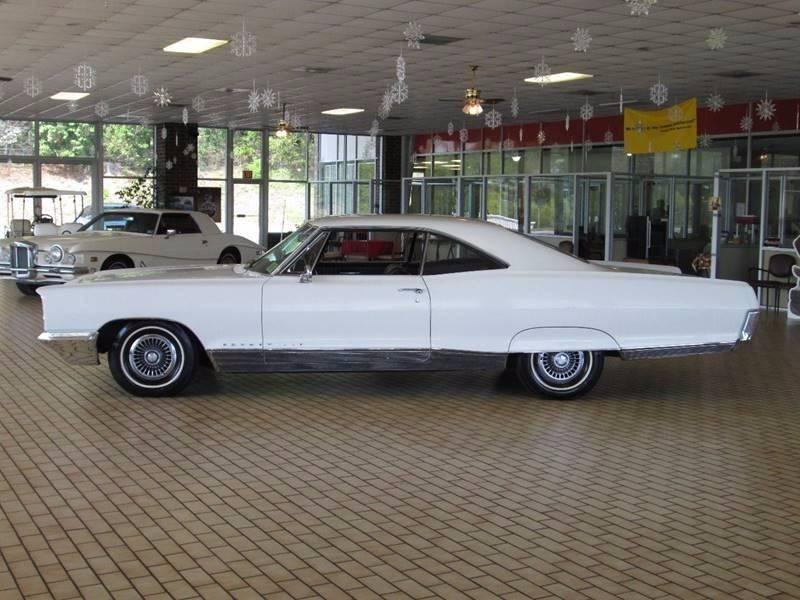 1966 Pontiac Bonneville for sale at Rooster Bush Automotive in Lenoir NC