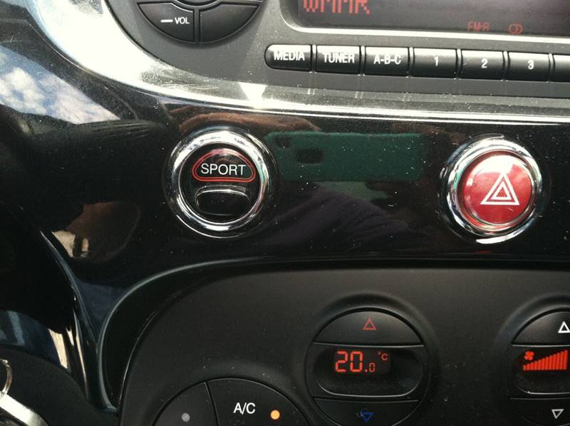2013 FIAT 500 for sale at ANGELO'S AUTO SALES in New Castle DE