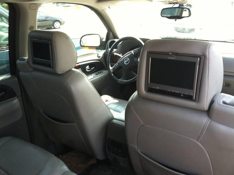 2005 GMC Envoy XL for sale at ANGELO'S AUTO SALES in New Castle DE