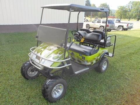 """2006 EZ-GO Lifted Golf Cart TXT """"GAS"""" 4 Passenger"""