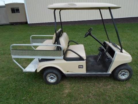 2011 Club Car, Gas, Golf Cart DS, 4 Passenger/ Cargo Box