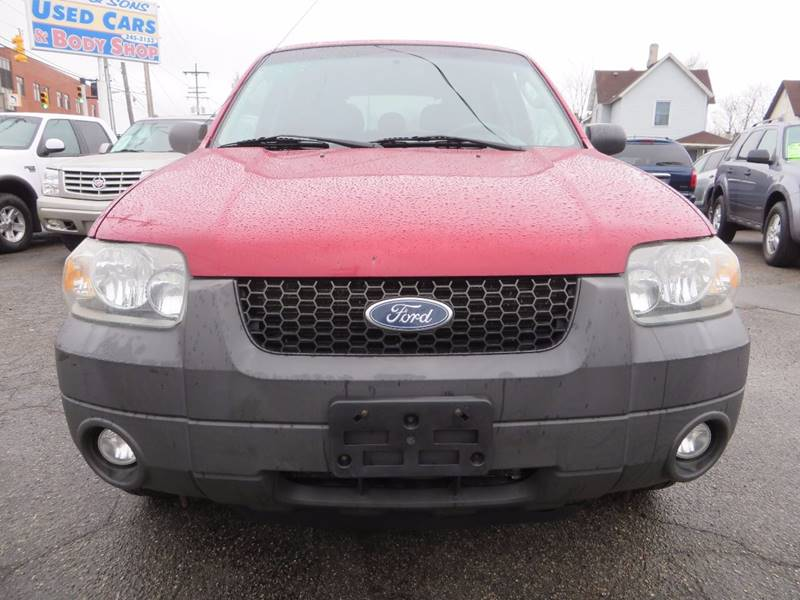 2007 Ford Escape AWD XLT 4dr SUV I4 - Grand Rapids MI