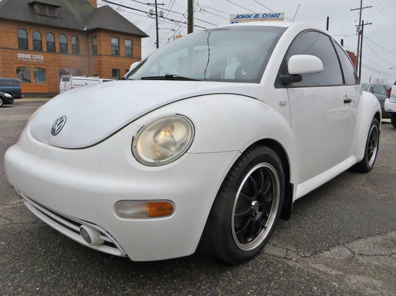 2000 Volkswagen New Beetle GLS 2dr Hatchback - Grand Rapids MI