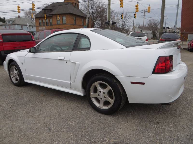 2000 Ford Mustang 2dr Coupe - Grand Rapids MI