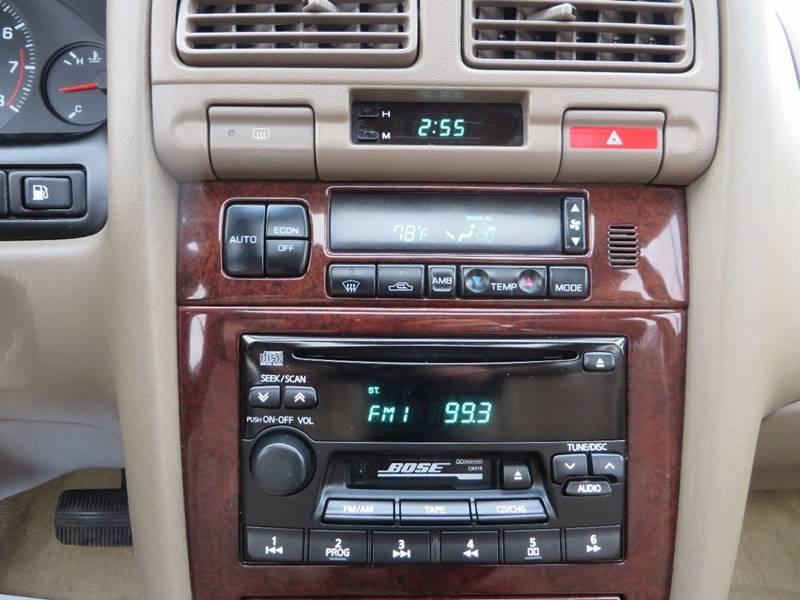1999 Infiniti I30 4dr Sedan - Grand Rapids MI