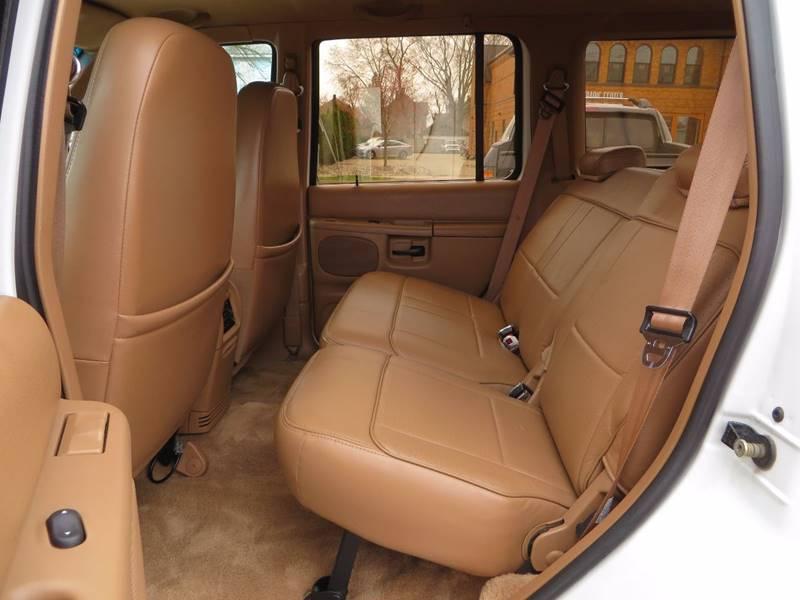 1996 Ford Explorer AWD Eddie Bauer 4dr SUV - Grand Rapids MI