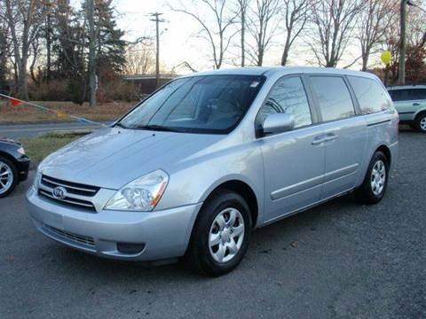 2006 Kia Sedona for sale at Prime Auto LLC in Bethany CT