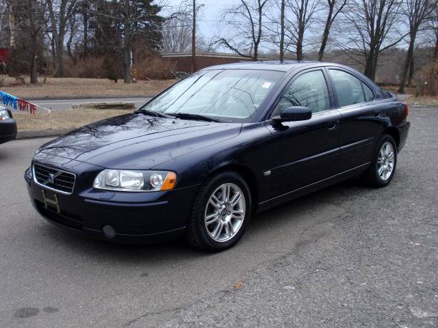 2006 Volvo S60 for sale at Prime Auto LLC in Bethany CT