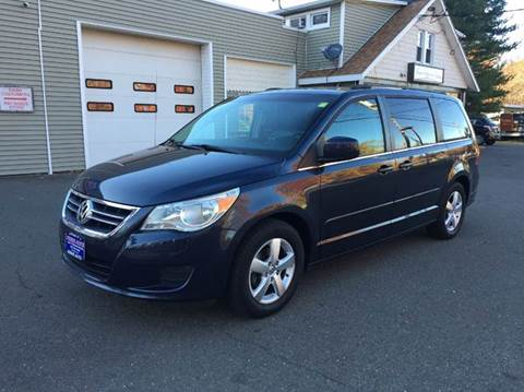 2009 Volkswagen Routan for sale at Prime Auto LLC in Bethany CT