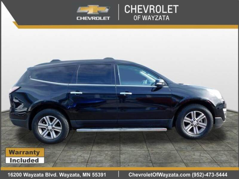2017 Chevrolet Traverse LT (image 2)