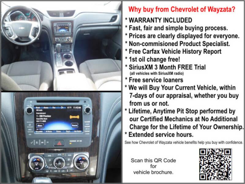 2017 Chevrolet Traverse LT (image 5)