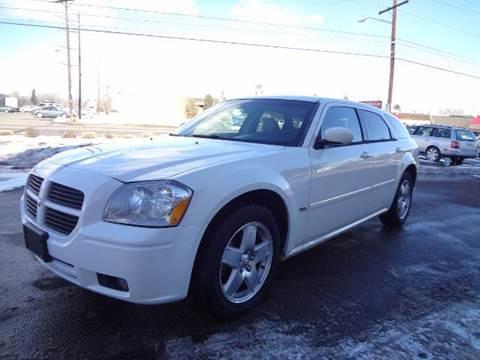2006 Dodge Magnum for sale at Modern Auto in Denver CO