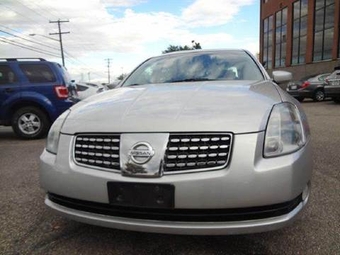 2004 Nissan Maxima for sale at Modern Auto in Denver CO