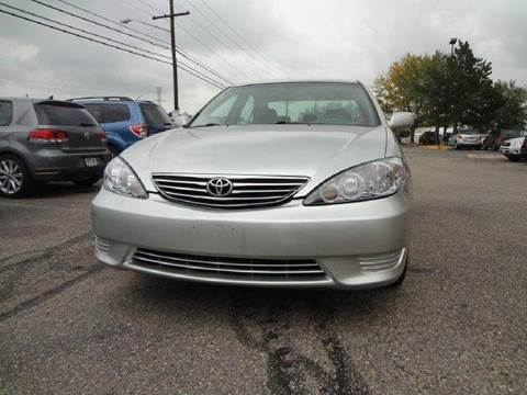 2006 Toyota Camry for sale at Modern Auto in Denver CO