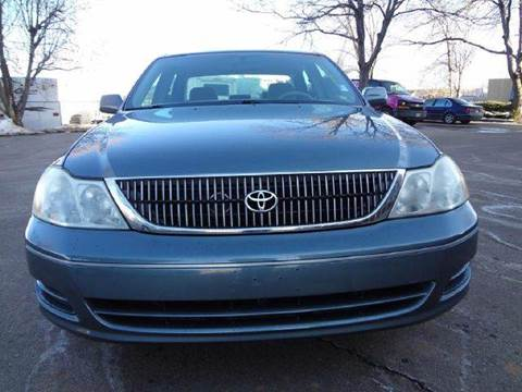2001 Toyota Avalon for sale at Modern Auto in Denver CO