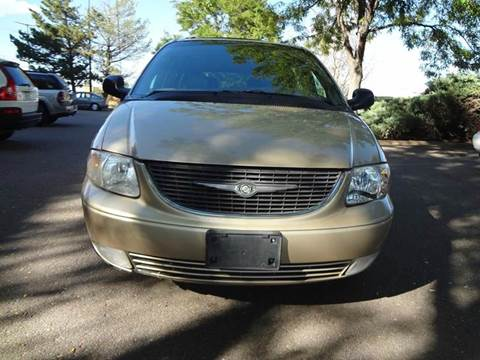 2001 Chrysler Town and Country for sale at Modern Auto in Denver CO