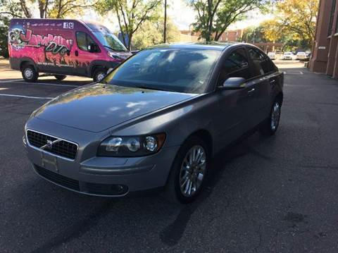 2005 Volvo S40 for sale at Modern Auto in Denver CO