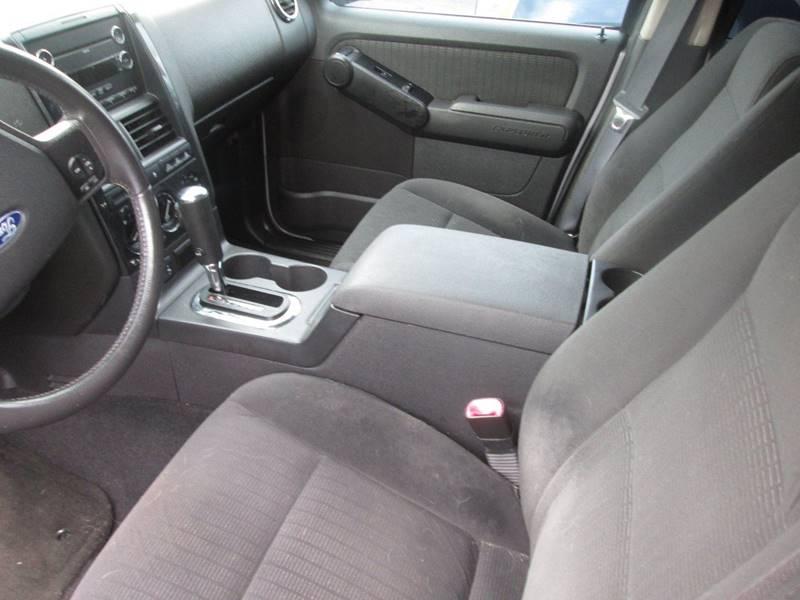 2009 Ford Explorer 4x4 XLT 4dr SUV (V8) - Golden Valley MN