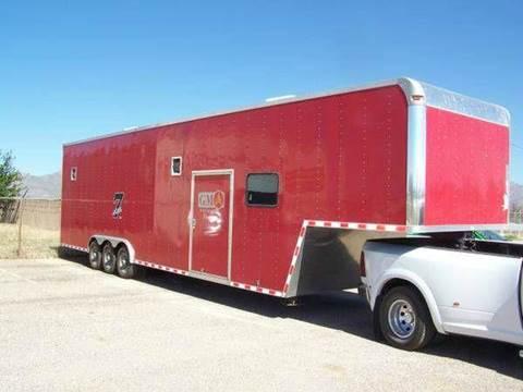 2006 Featherlite Enclosed car trailer