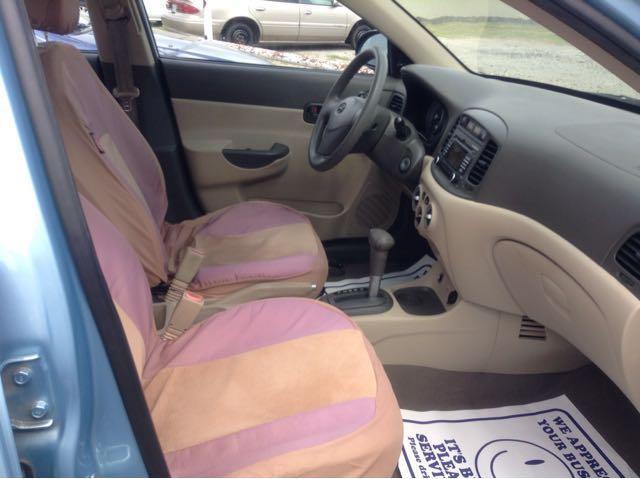 2008 Hyundai Accent GLS 4dr Sedan - Beaumont TX