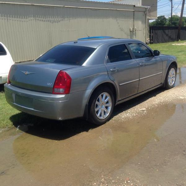 2007 Chrysler 300 Touring 4dr Sedan - Beaumont TX