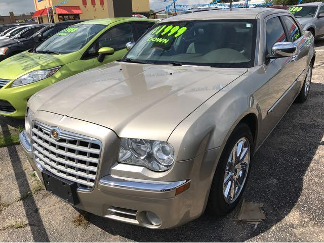 2008 Chrysler 300 C HEMI 4dr Sedan - Beaumont TX