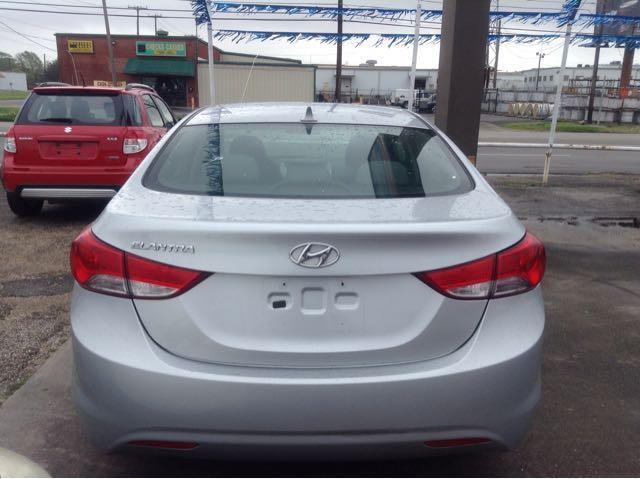 2013 Hyundai Elantra GLS A/T - Beaumont TX