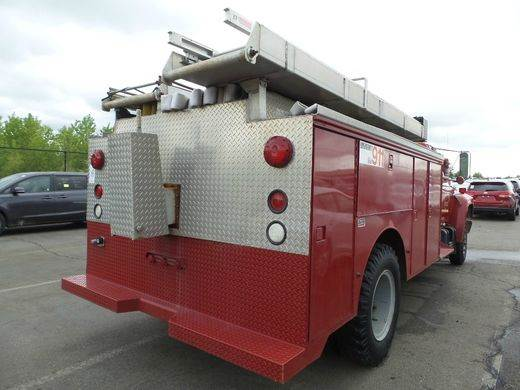 1984 Fire Truck Ford F700  - Kansas City MO