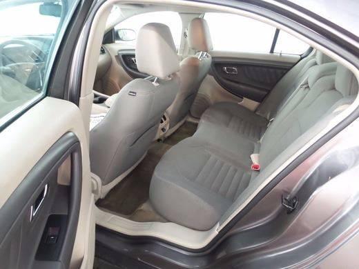 2011 Ford Taurus SE 4dr Sedan - Kansas City MO