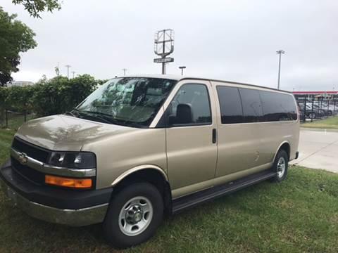 2008 Chevrolet Express Passenger for sale in Kansas City, MO