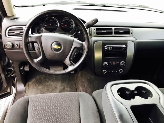 2007 Chevrolet Avalanche LS 1500 4dr Crew Cab 4WD SB - Fayetteville AR