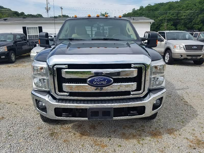 2014 Ford F-350 Super Duty 4x4 Lariat 4dr Crew Cab 176 in. WB DRW Chassis - Logan OH