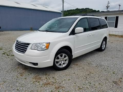 2008 Chrysler Town and Country for sale in Logan, OH