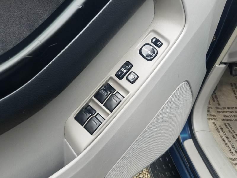 2004 Toyota 4Runner SR5 4WD 4dr SUV - Logan OH