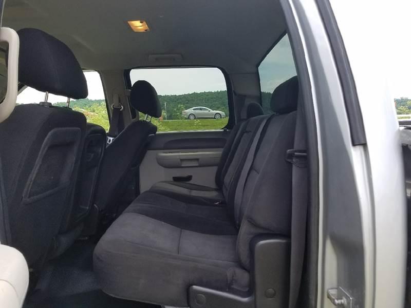 2011 Chevrolet Silverado 3500HD 4x4 Work Truck 4dr Crew Cab LB SRW - Logan OH