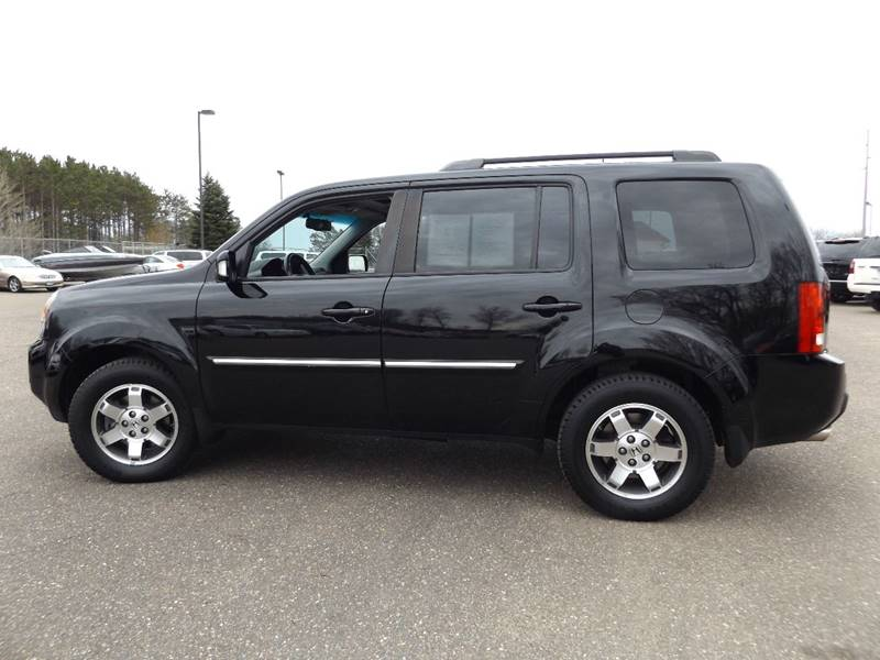 2010 Honda Pilot 4x4 Touring 4dr SUV w/Navi and DVD - Ham Lake MN