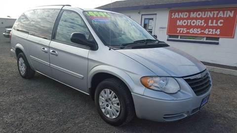 2005 Chrysler Town and Country for sale at Sand Mountain Motors in Fallon NV