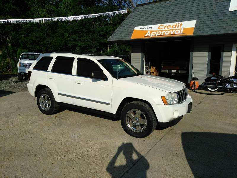 2005 Jeep Grand Cherokee for sale at Kevin Lapp Motors in Flat Rock MI