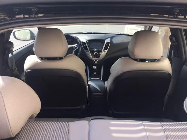 2012 Hyundai Veloster 3dr Coupe w/Black Seats - Glendora CA
