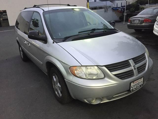 2005 Dodge Grand Caravan SXT 4dr Extended Mini-Van - Glendora CA