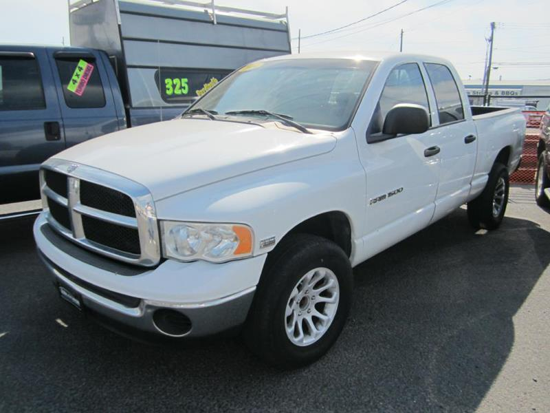 2004 Dodge Ram Pickup 1500 for sale at Global Elite Motors LLC in Wenatchee WA