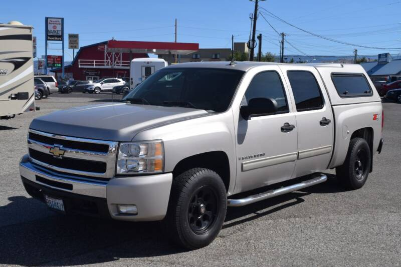 2009 Chevrolet Silverado 1500 for sale at Global Elite Motors LLC in Wenatchee WA