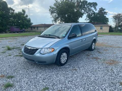 2005 Chrysler Town and Country for sale at Bayou Motors Inc in Houma LA