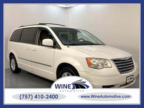 2010 Chrysler Town and Country for sale in Chesapeake, VA