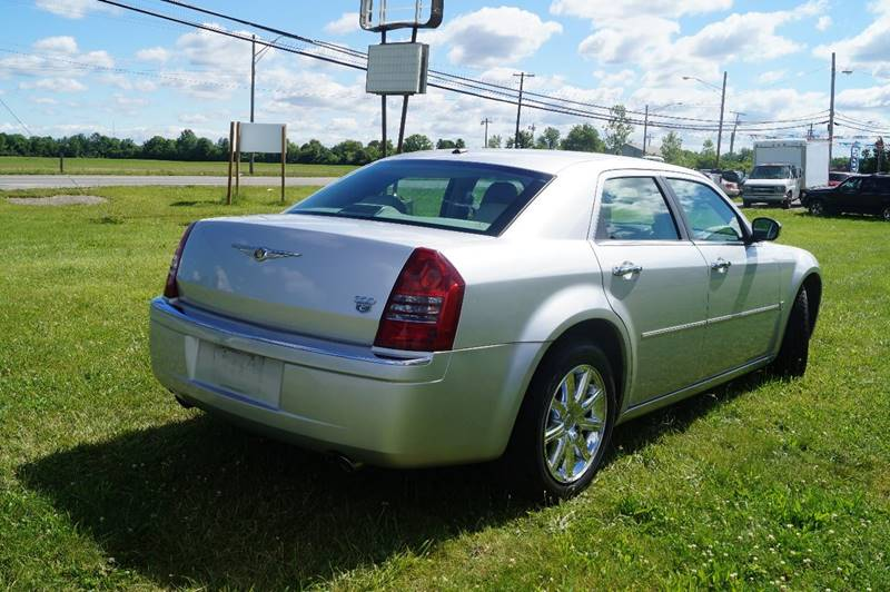 2007 Chrysler 300 for sale at Royal Auto Inc. in Columbus OH