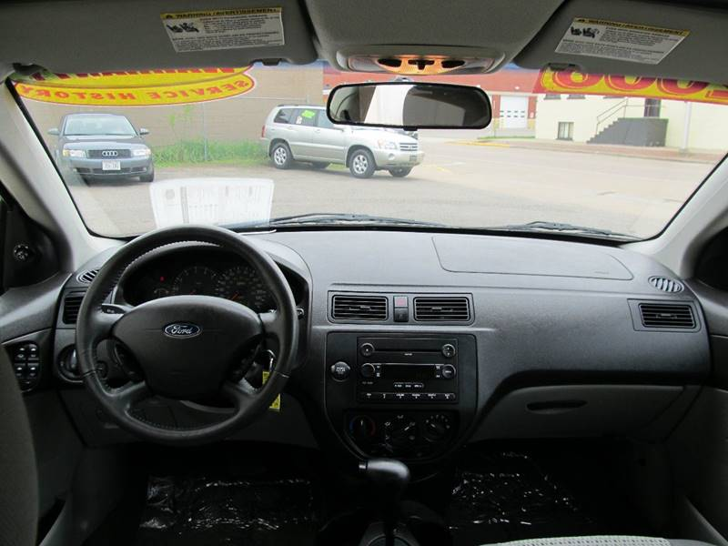 2006 Ford Focus ZX4 SE 4dr Sedan - Merrill WI